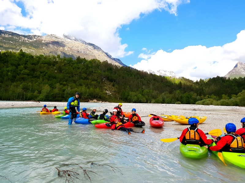 Rafting on the Dunajec canoe